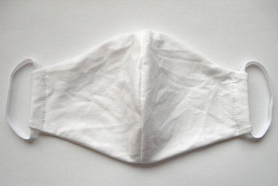 Hófehér textil maszk