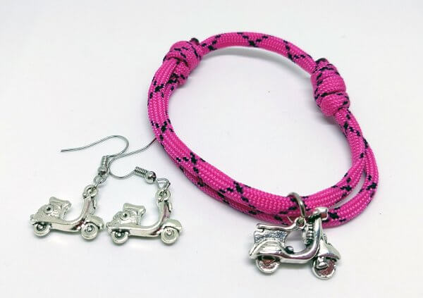 rózsaszín paracord karkötő és fülbevaló szett robogós függővel